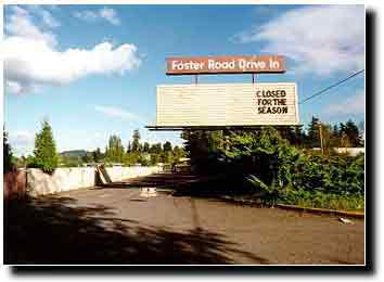 The Foster Rd Drive In Was Built 1968 As A Tri Screen Multi Plex Outdoor Theatre It Located At 11501 Se Road Portland Or 97236
