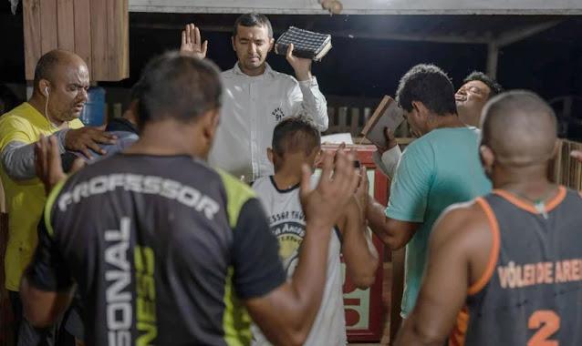 Pastor já viu mais de 2.500 homens renunciarem às facções para seguir Jesus