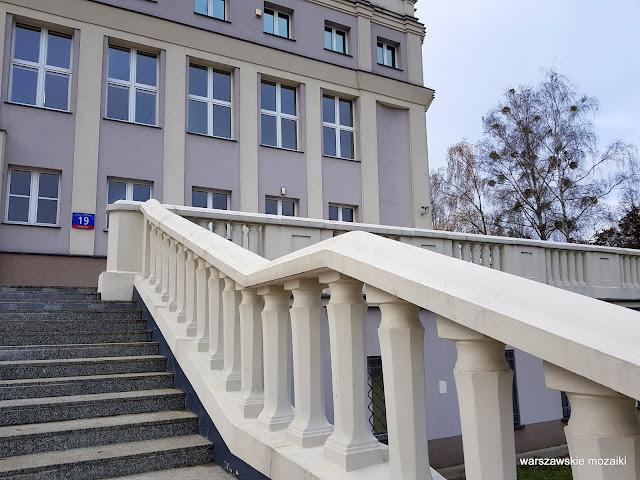 schody Warszawa Warsaw Bemowo Boernerowo WAT Wojskowa Akademia Techniczna Kaliskiego 19 architektura architecture  Tadeusz Rupniewski