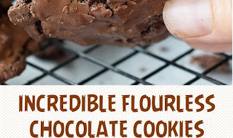 INCREDIBLE FLOURLESS CHOCOLATE COOKIES
