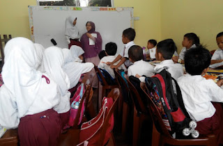 Anak TKI Tetap Semangat Sekolah