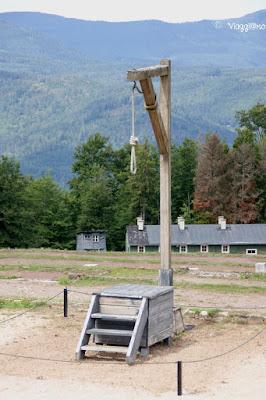 Il palo impiccagioni nel campo di concentramento di Natzweiler-Struthof