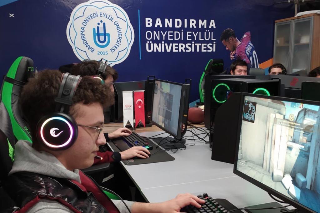 Bandırma Onyedi Eylül Üniversitesi Espor ve Ekonomisi Uygulama ve Araştırma Merkezi