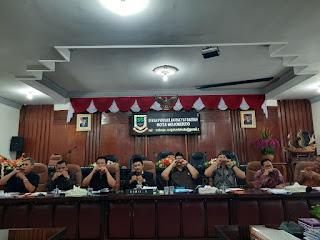 10 Anggota Dewan Tandatangani Usulan Hak Interpelasi