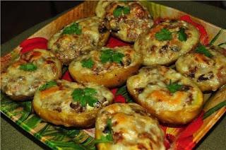 Фаршируем картофель — рецепты и советы