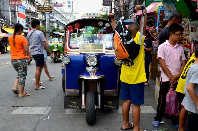 방콕의 삼륜택시 툭툭