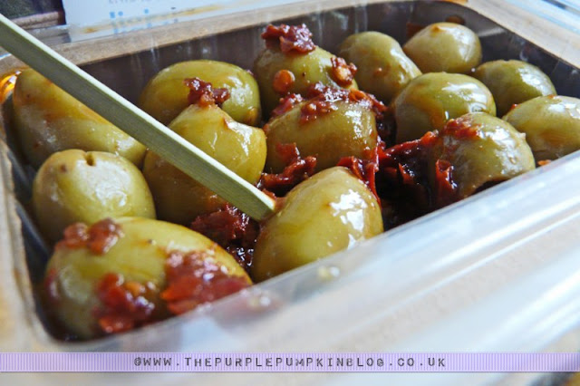 graze box - nature delivered: Moroccan Harissa Pitted Beldi Olives
