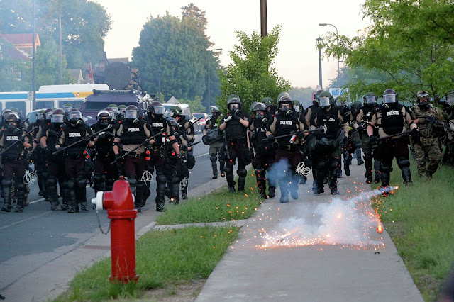 Wartawan Asal Rusia Disemprot Merica oleh Polisi AS Saat Liput Aksi Unjuk Rasa, Moskow Geram