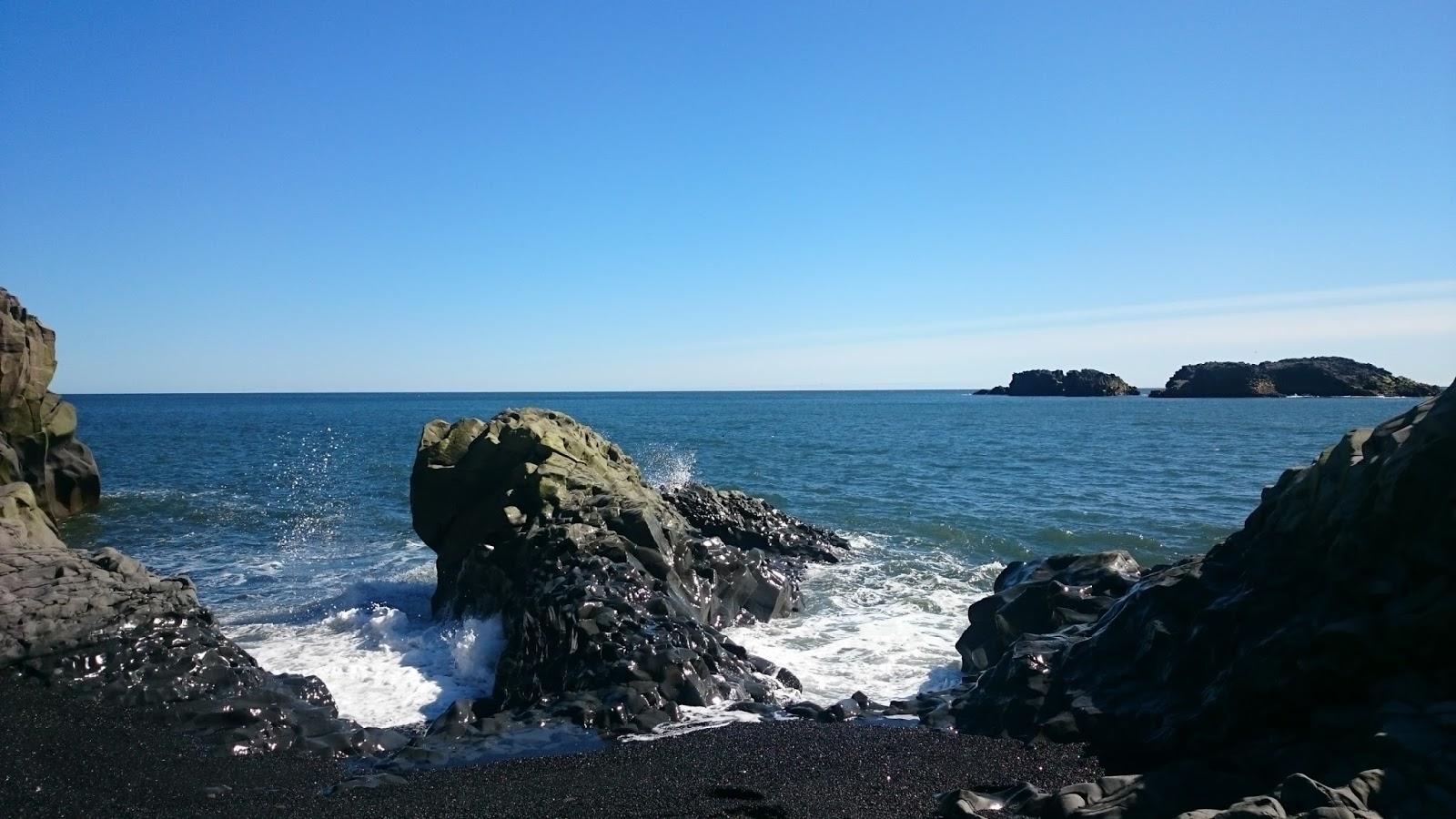plaża przy Dyrholaey, ocean, plaża, czarna plaża, islandzka plaża