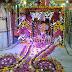 चौमुखी मंदिर में  सजाया गया फूल बंगला