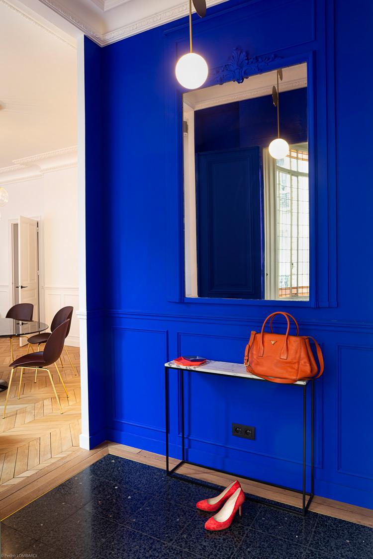 ilaria fatone inspirations - une entrée en bleu klein