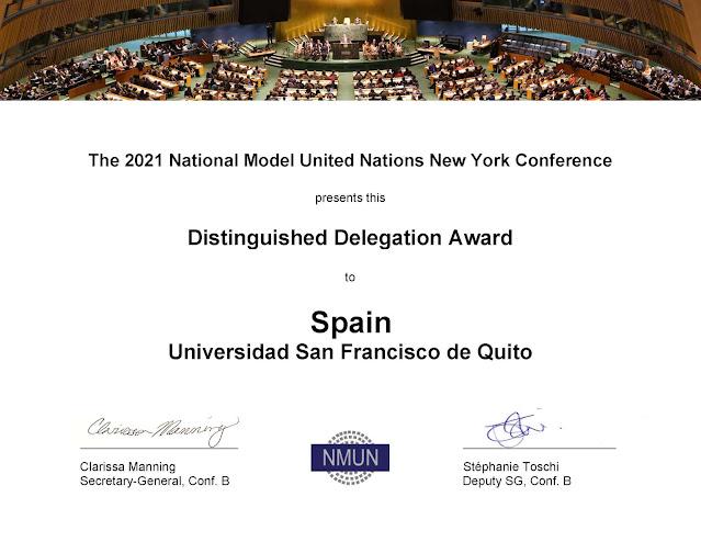 Delegación de estudiantes galardonados en el Modelo ONU más grande del mundo