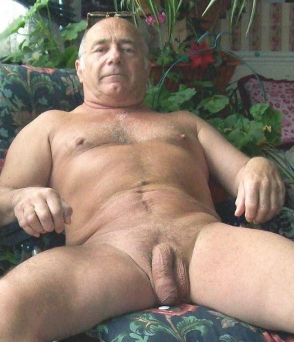 Naked mature dads pics, camel toe pussy videos