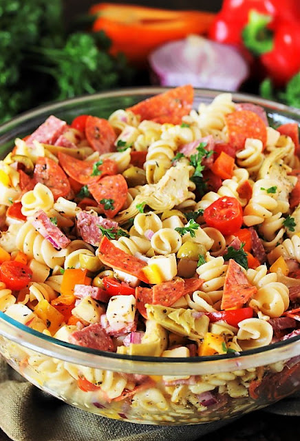 How to Make Antipasto Pasta Salad Image