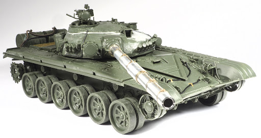 Build Review Pt I: 1/35th scale T-72M2 Slovak Moderna MBT from Amusing Hobby. .