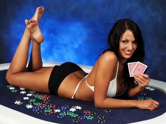 4 bí quyết chơi đánh bài online ăn tiền thật 12091701