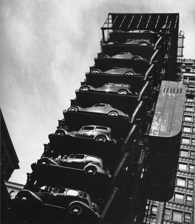 Vertical Parking: Space Saving: Amazing Vintage Photographs Of Vertical