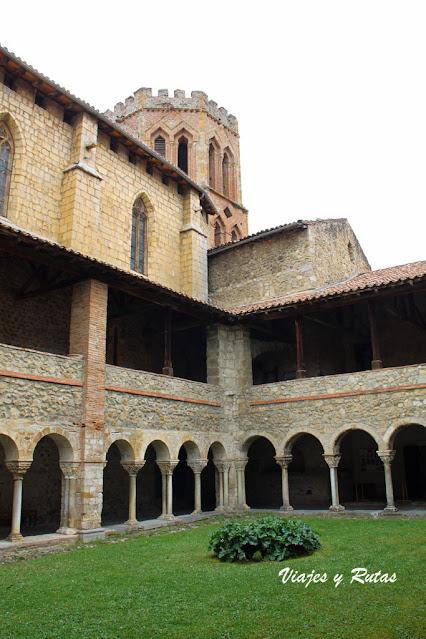 Claustro de la iglesia de Saint Lizier