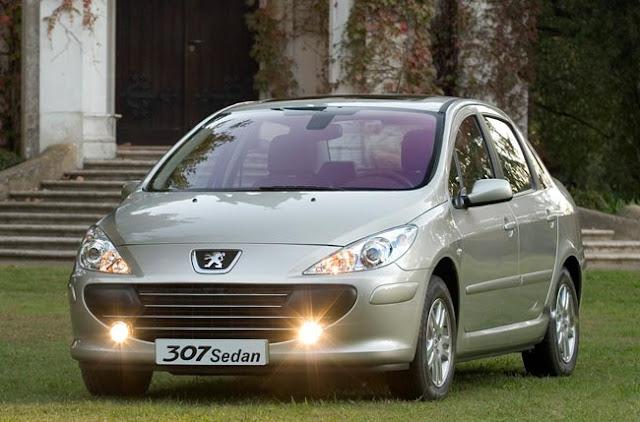 Peugeot 307 sedán