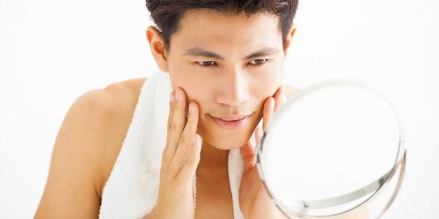 5 Manfaat Memakai Produk Pemutih Pria Secara Rutin