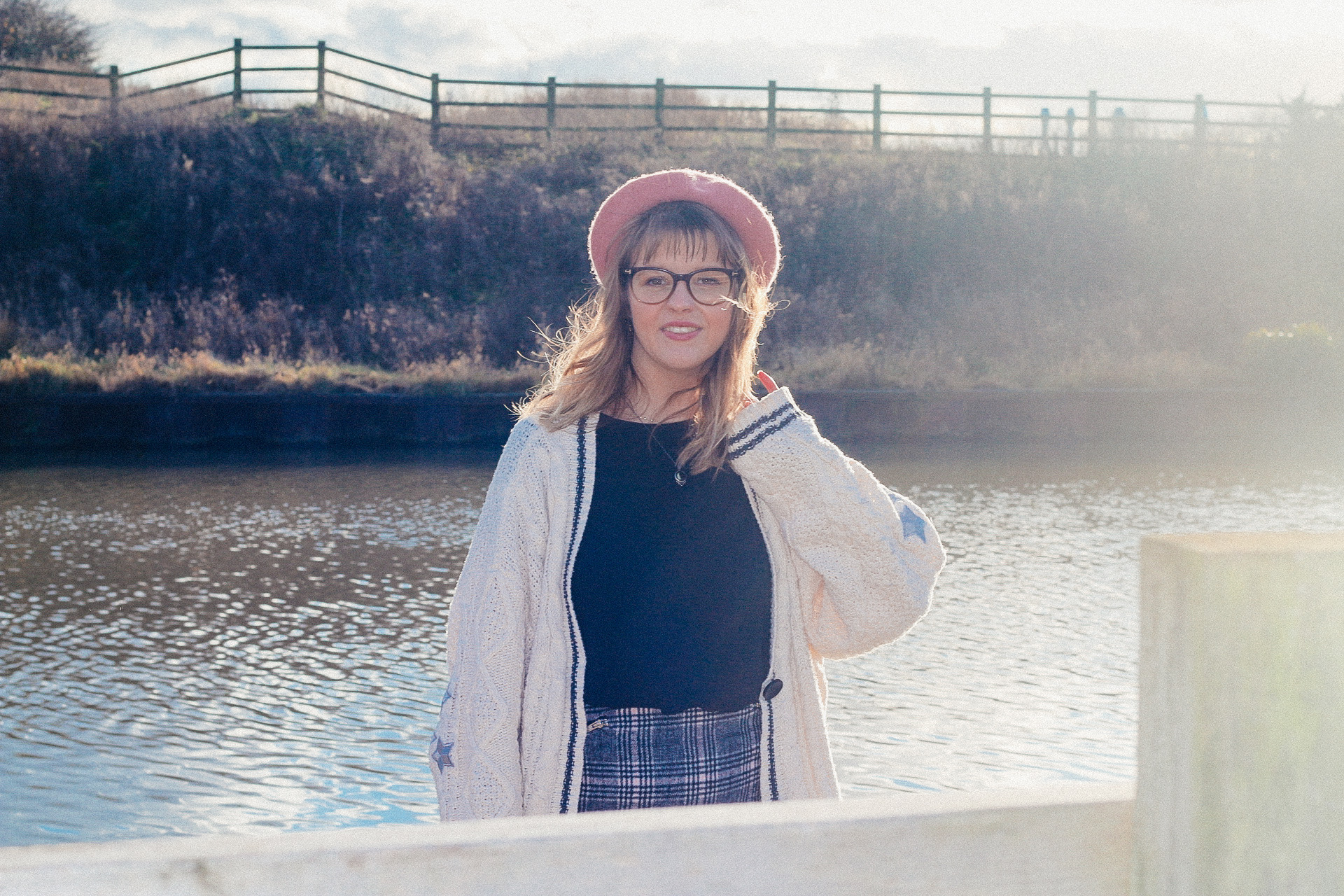 How to improve your wellbeing - little mental tips blogpost. Blogger girl chloe harriets in pink beret.