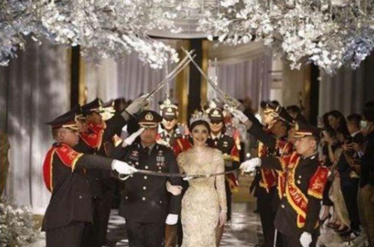 Pesta pernikahan Kapolsek