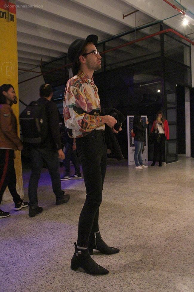 como-una-aparición-street-style-men-style-moda-masculina-prints-accessories-moda-en-la-calle-street-looks-bcapital-2016-fashion
