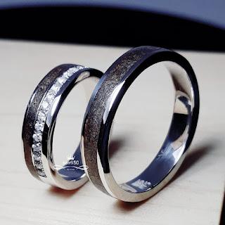 cincin kayu klasik unik
