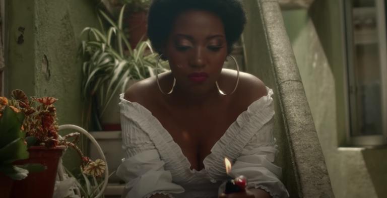 Erica no vídeo de Anselmo Ralph