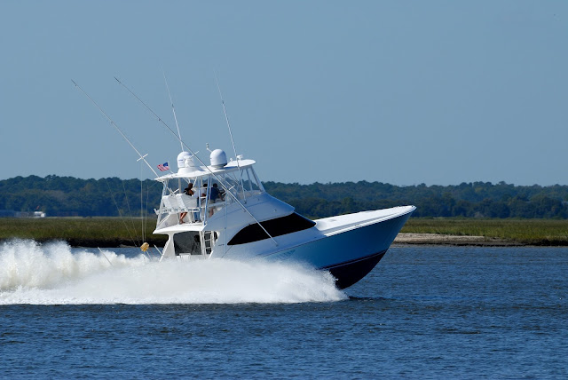 Fishing Boats – What's the Right One to Buy?
