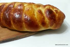 This Jewish Eggy Bread Is Pure Perfection Just Looking At The Braids Gives Me Life See My Detailed Recipe With Pictures Showing How To Get The Perfect
