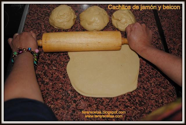 Cachitos venezolanos de jamón receta latinoamericana 03