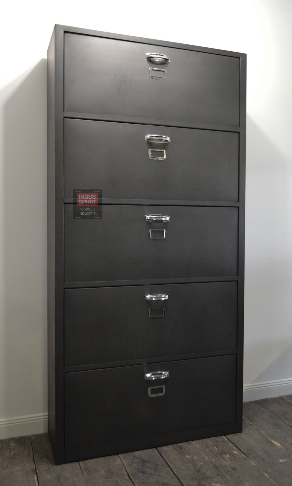 meuble chaussure industriel. Black Bedroom Furniture Sets. Home Design Ideas