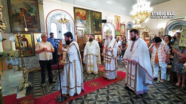 Αρχιερατική Θεία Λειτουργία στο Λάλουκα για την Αγία Κυριακή