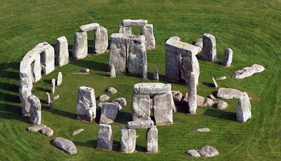 Batu Stonehenge Mungkin Sudah Ada Sebelum Manusia