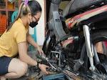 Lima Tips Merawat Sepeda Motor di Rumah
