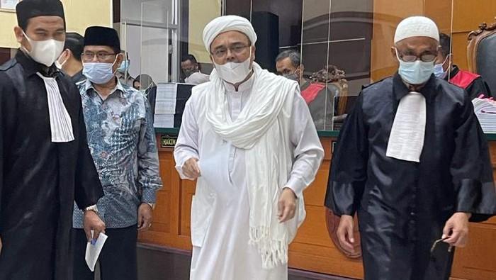 "Sidang Hoax Tes Swab, Habib Rizieq Pakai Analogi ""Ayah-Anak"""