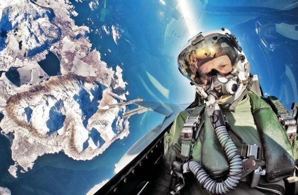 Pilot F-16 Norwegia selfie