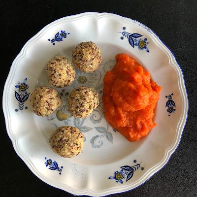 Boulettes vegan au quinoa avec purée de carottes