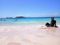 Akademisi Sesalkan Pasir Pink di Pantai Toro Wamba Sape Diambil Pengunjung