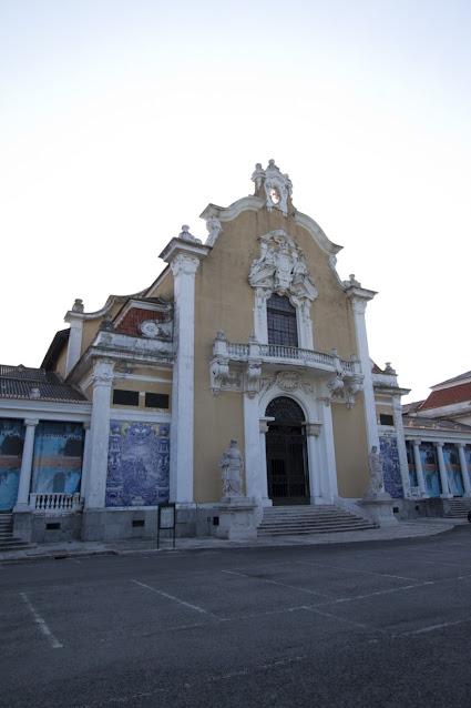 Chiesa con azulejos-Lisbona