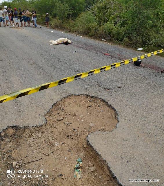 Pessoas morrem por causa de buracos, enquanto Governo de Pernambuco fecha os olhos para trecho da PE-160