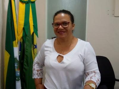 Meruoca: Vereadora Márcia do Pimenta ressalta falta de médicos no ...