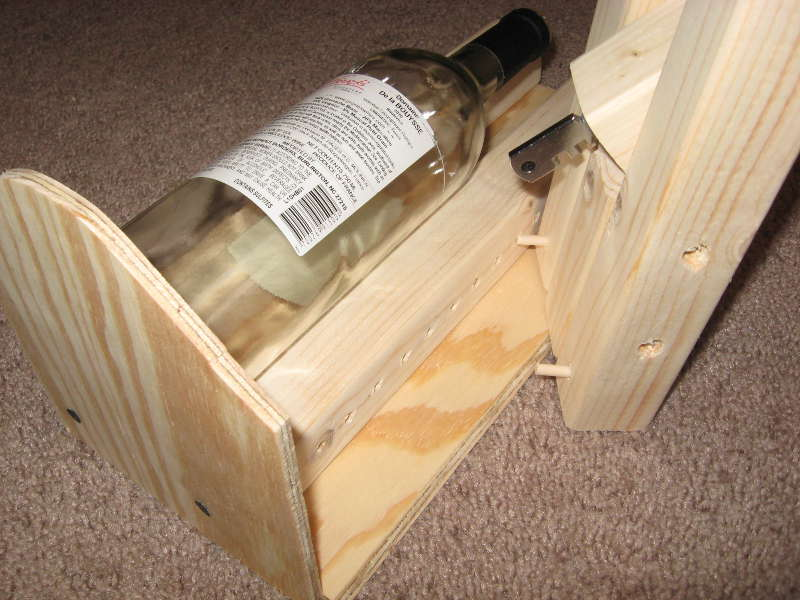 Mad Scientist S Lair Wine Bottle Cutting Jig