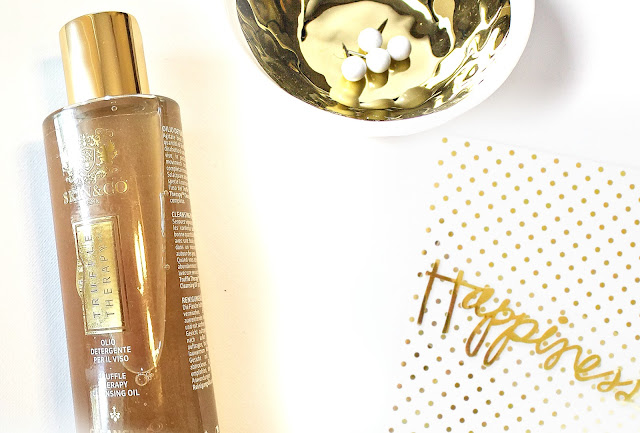 Skin & Co Truffle Therapy Cleansing Oil review by barbies beauty bits