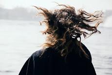 كيف أجعل شعري غير منفوش وأتخلص من نفشة الشعر نهائياً