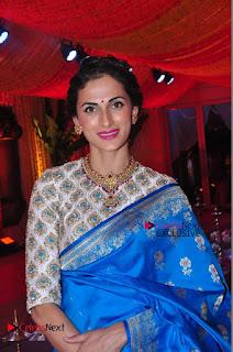 Actress Model Shilpa Reddy Exclusive Stills in Blue Saree at Vijay Karan Aashna Wedding  0042.JPG