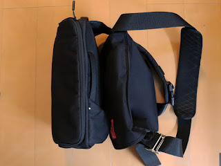 Incase DSLR Sling Pack CL58067 スリングバッグ5