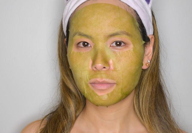 MasqueBAR Naturals Green Tea Sheet Mask Selfie