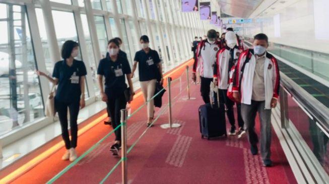 Olimpiade Tokyo 2020 : Tim Badminton Olimpiade Indonesia Lakukan Latihan di Kamar Selama Menjalani Isolasi Mandiri